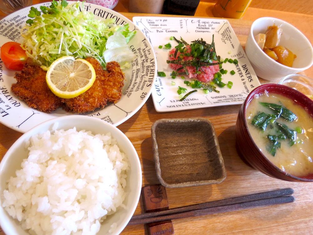 ヒレカツ・ネギトロ丼JPG